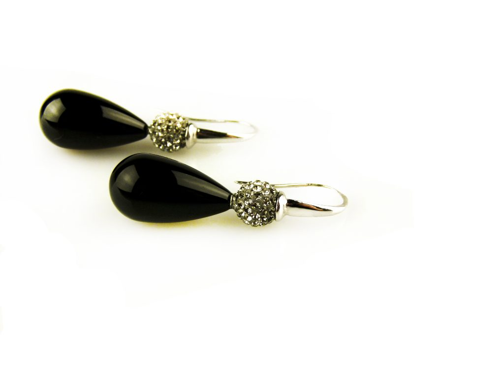 oorbellen oorringen in wit goud gezet met onyx