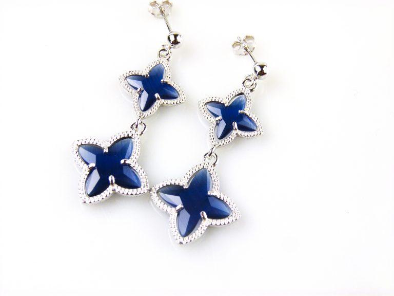 zilveren oorbellen oorringen donkerblauwe stenen ster
