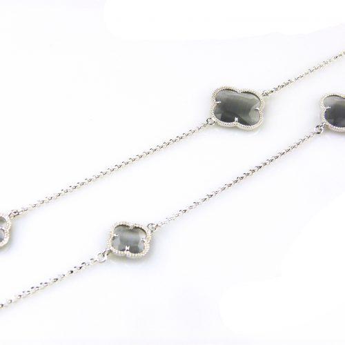 lange ketting in zilver met grijze stenen bloemen klavers