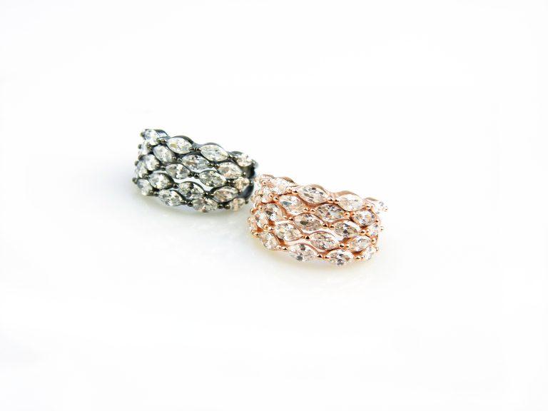 zilveren ringen gezet met witte stenen cubic zirconia