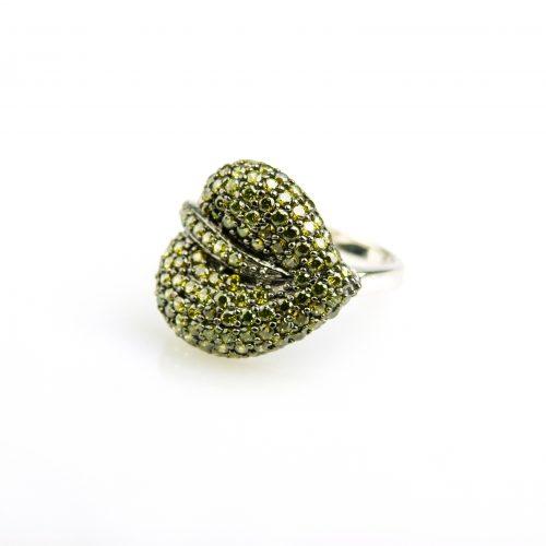 zilveren ring bladvorm gezet met groene kaki stenen
