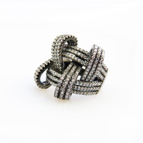 zilveren ring zwart verguld gezet met cubic zirconia