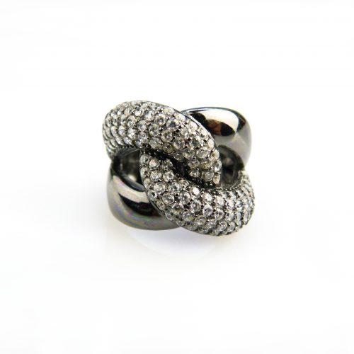 zilveren ring zwart gerodieerd gezet met cubic zirconia