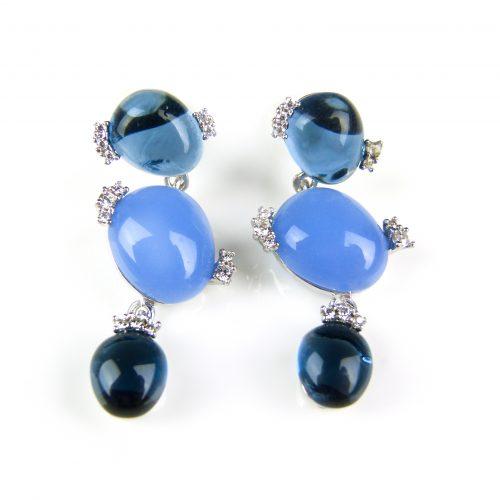 zilveren oorringen oorbellen gezet met blauwe stenen