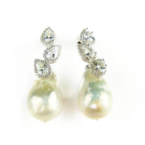 Zilveren oorringen Model Pearl Twinkle zilveren oorringen gezet met barok parel en cubic zirconia - Oorbel