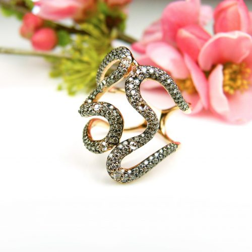 ring in roos goud gezet met bruine diamant