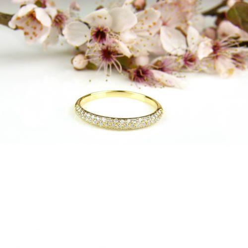 ring in geel goud met diamant