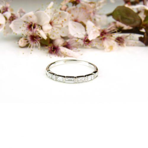 ring in wit goud met diamant