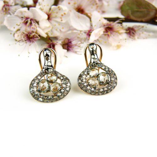 roos gouden oorringen oorbellen gezet met groene saffier en bruine diamant