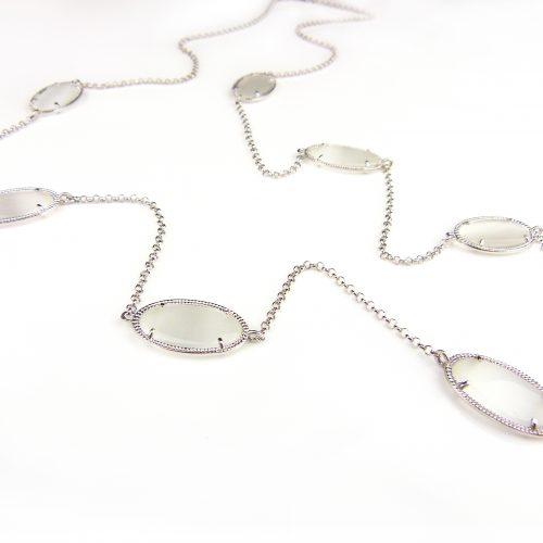 zilveren collier halsketting halssnoer met witte stenen