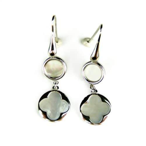 zilveren oorringen oorbellen Model Blossom met parelmoerkleurige steen